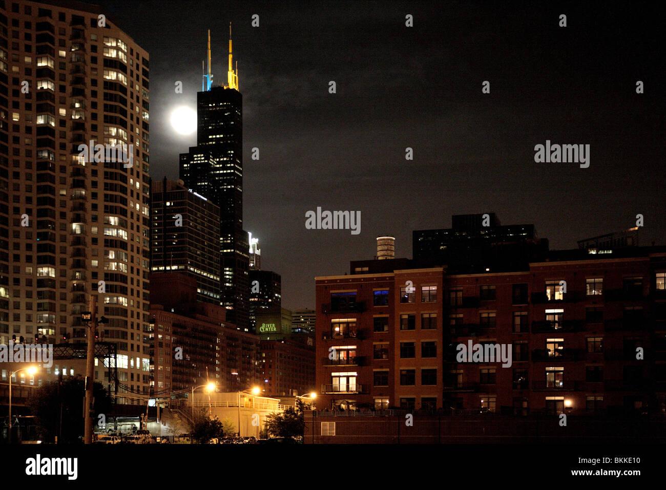 Vista De Edificios Residenciales Del Centro De Chicago Y La