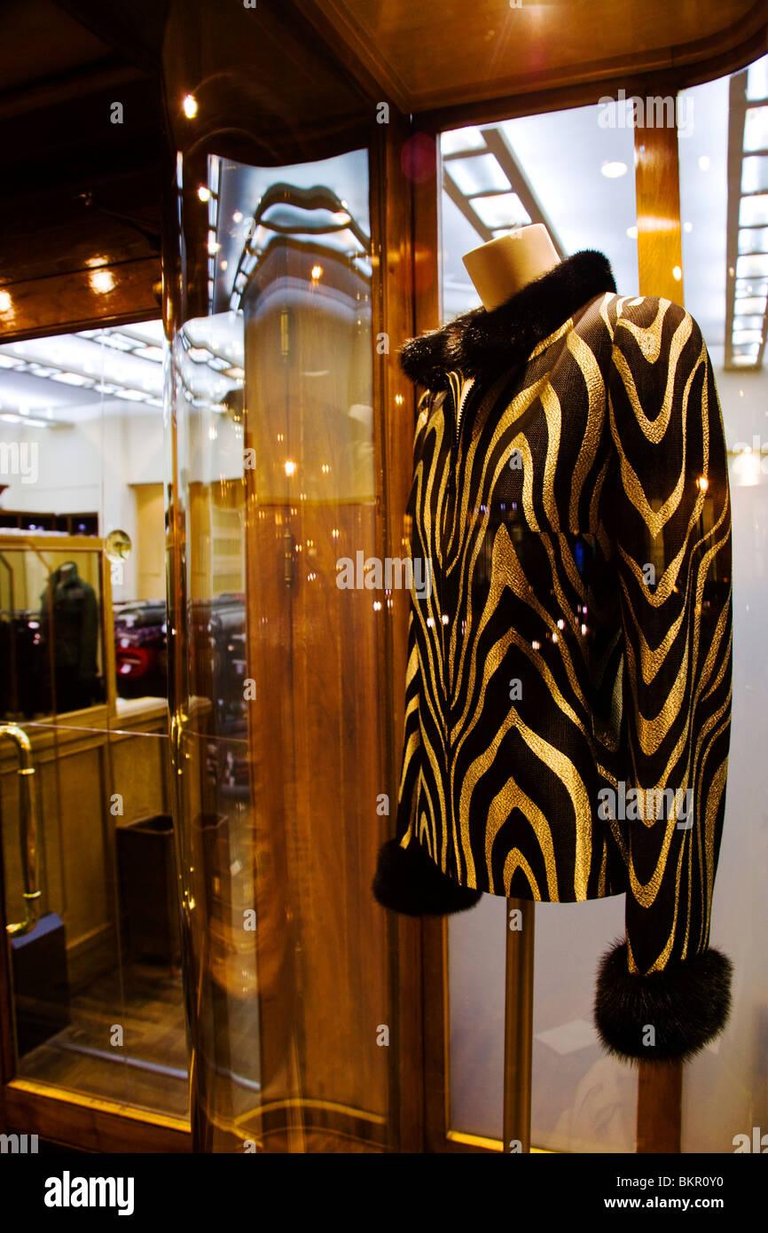 Tienda en la zona de Serrano, Madrid el primer fashion shopping street. España Imagen De Stock