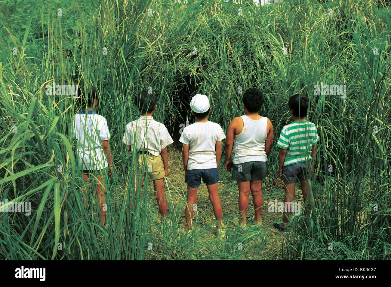 20-SEIKI SHONEN (2008) 20TH CENTURY Boys (ALT) YUKIHIKO TSUTSUMI (DIR) 001 Imagen De Stock