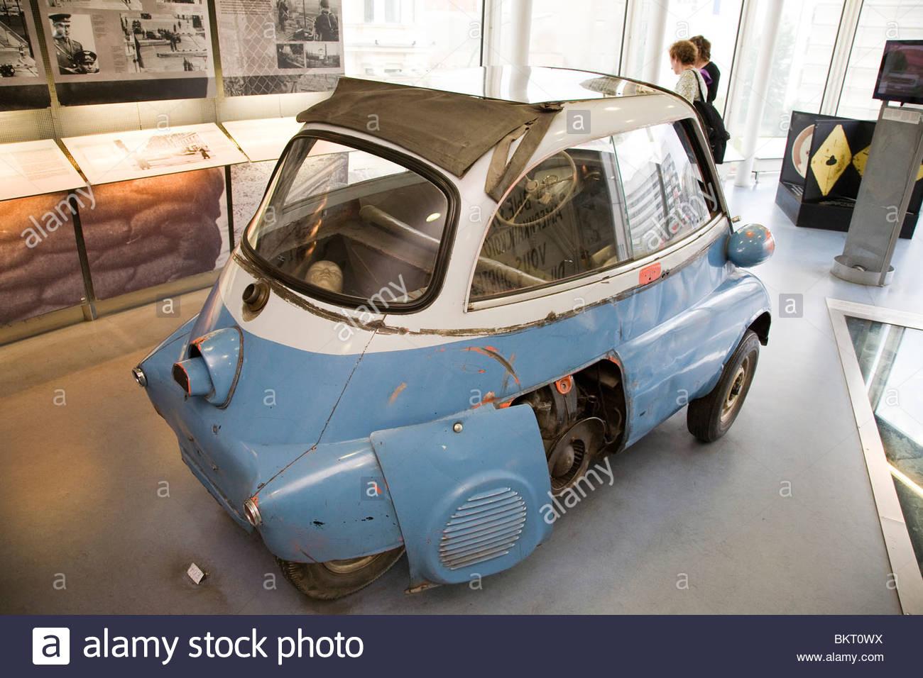 Museo del Muro de Berlín, el Checkpoint Charlie, Berlin, Alemania Imagen De Stock