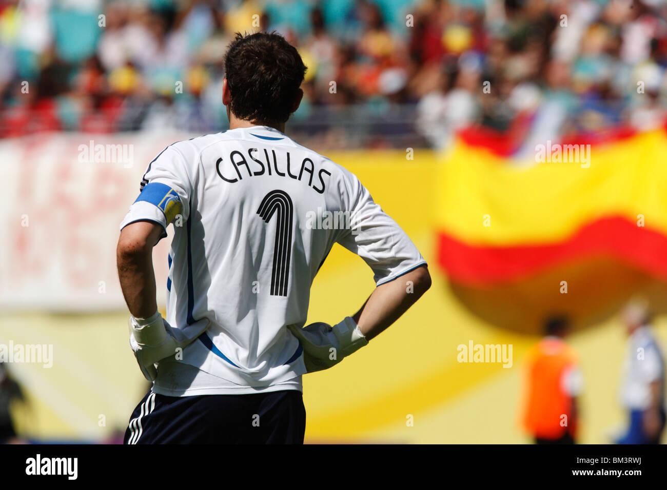 Portero Y Capitán Del Equipo Iker Casillas De España Se