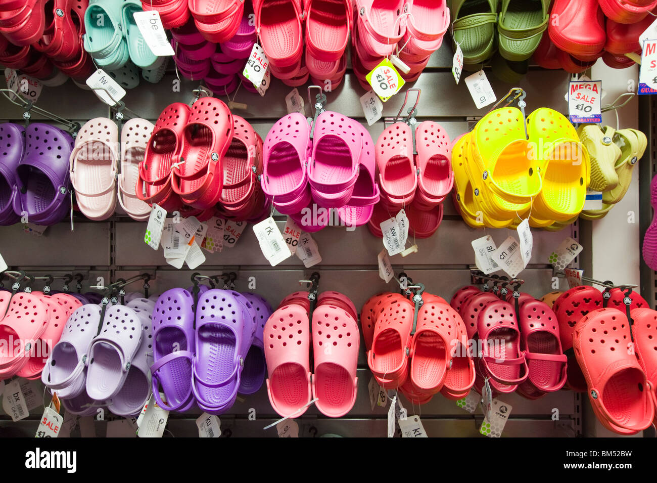 Stock Imágenes Croc's amp; Sandals Crocs Shoes De qwvaSX