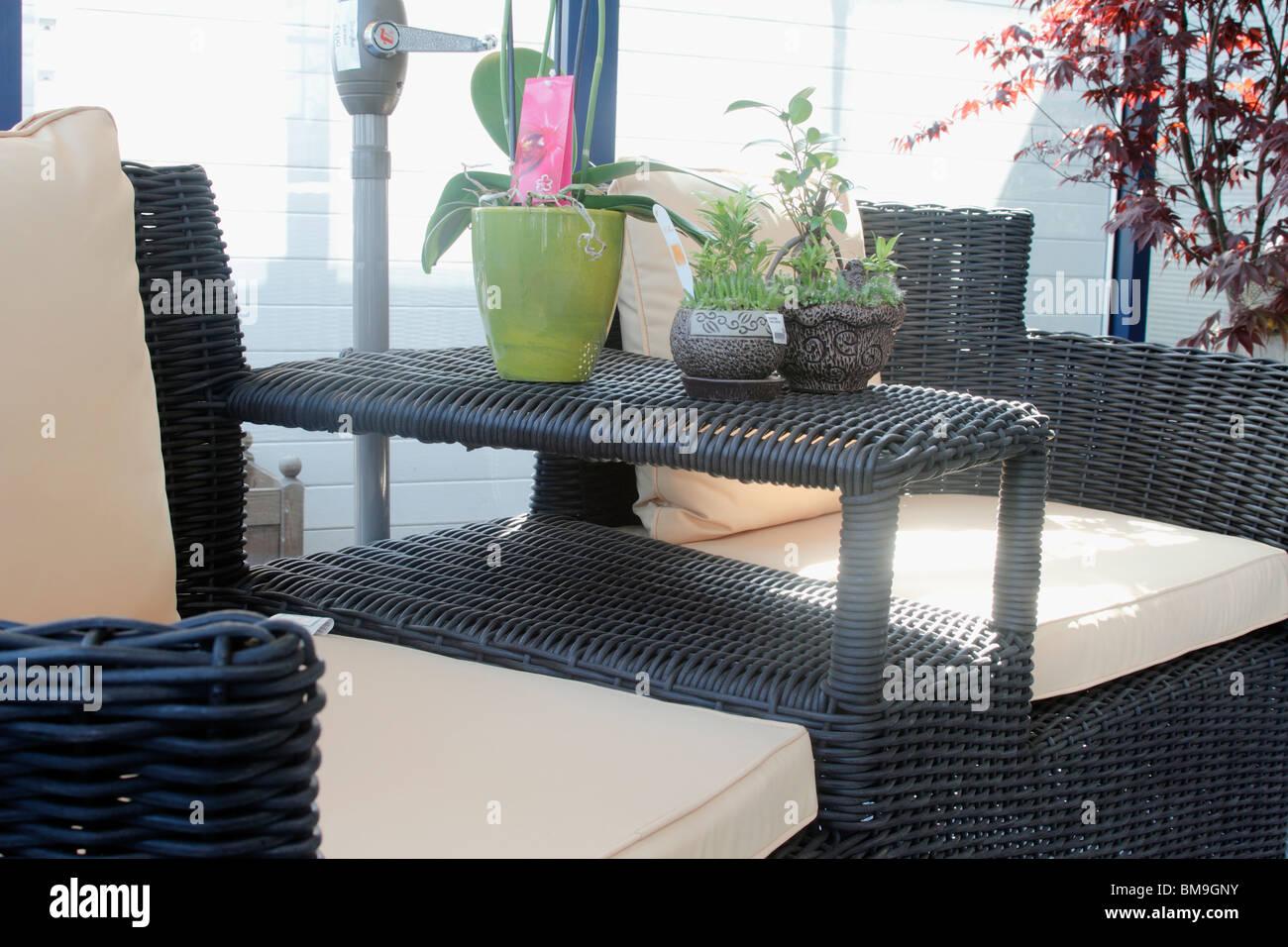 Jardín y patio con muebles de rattan amor asiento con estilo Japonés ...