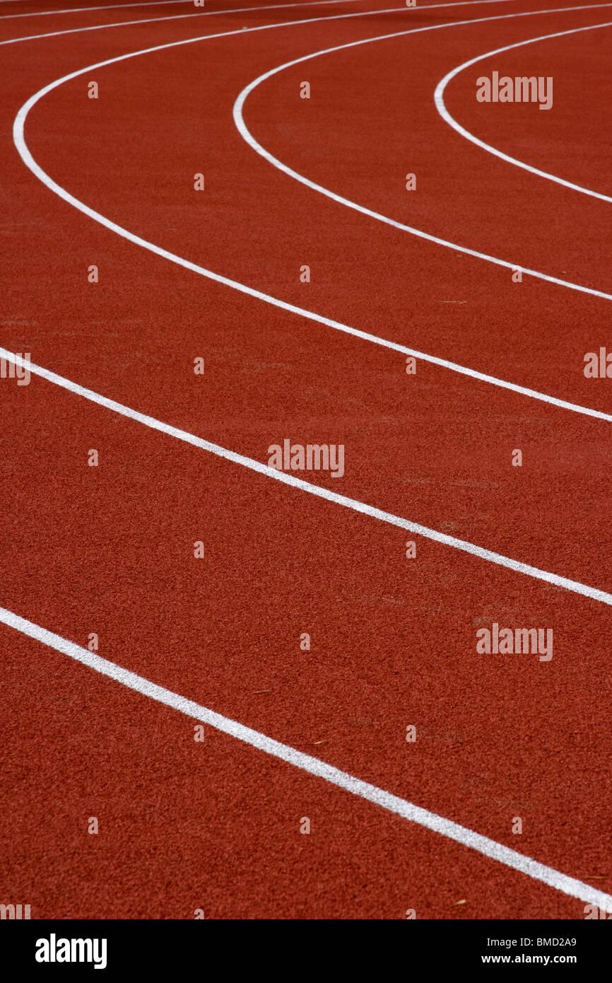 Ver en la pista de atletismo de vacío Imagen De Stock