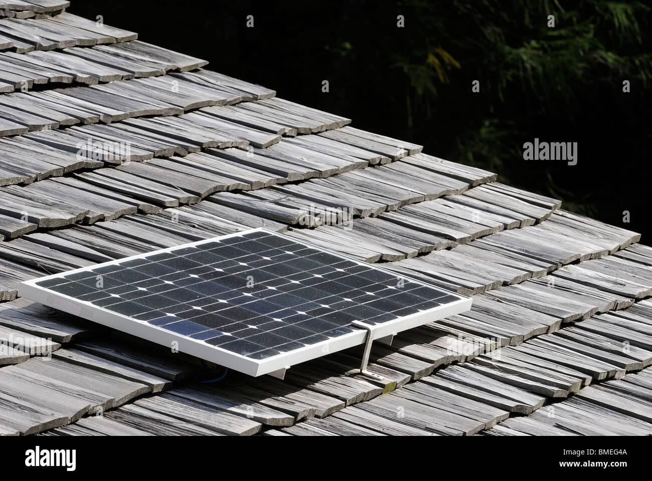 Europa, Austria, panel solar en el techo superior Imagen De Stock