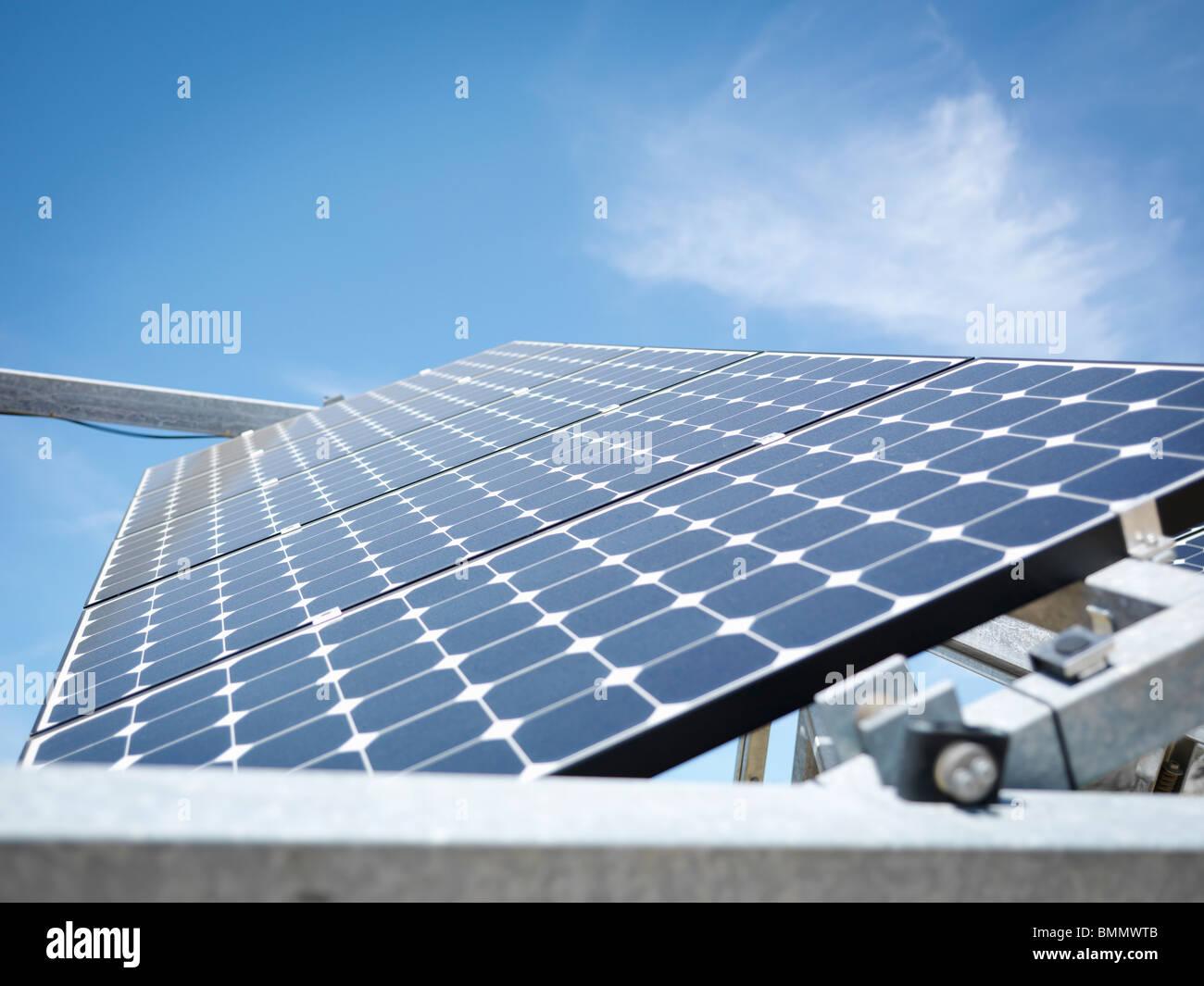 Estación de energía solar panel cerca arriba Imagen De Stock
