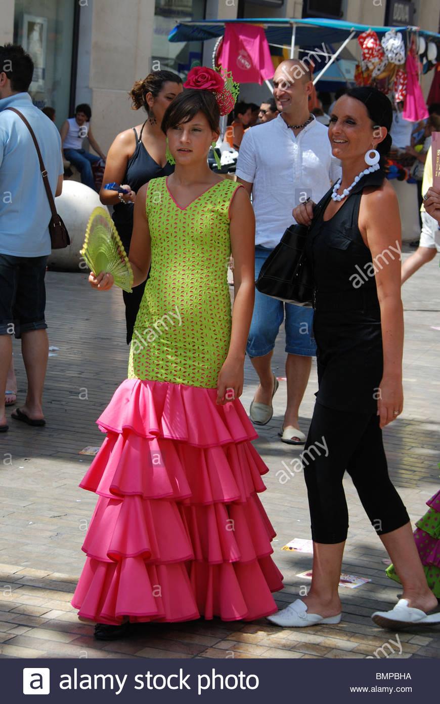 Malaga Feria Imágenes De Stock   Malaga Feria Fotos De Stock - Alamy 3e5e9f2bf3f
