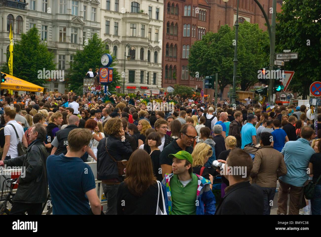 Karneval der Kulturen (Carnaval de las Culturas) festival callejero de Europa Alemania Berlín Kreuzberg Imagen De Stock