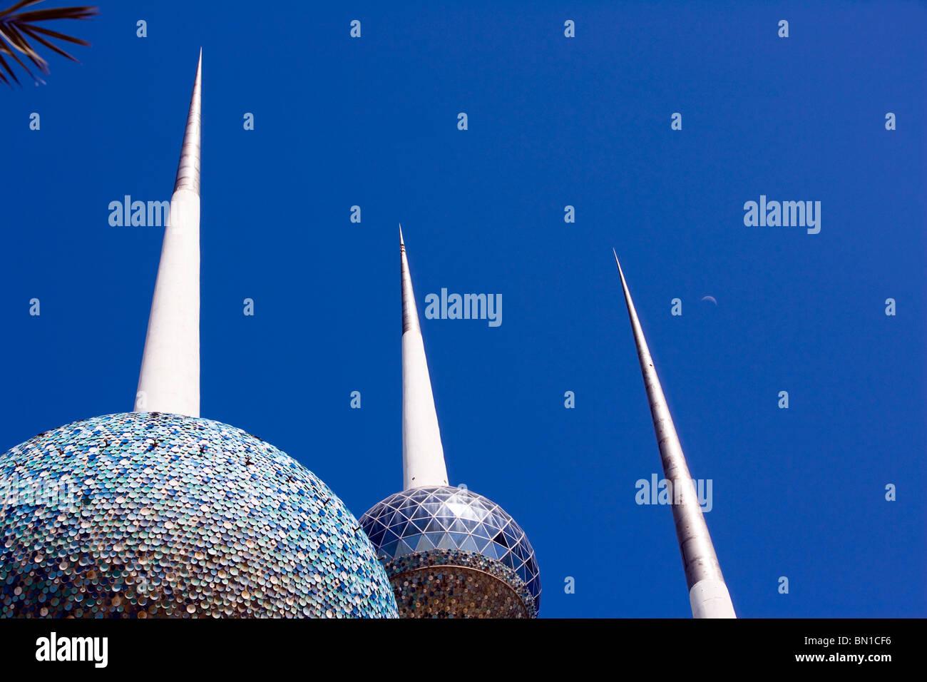 Las torres de Kuwait, atracción icónica, Estado de Kuwait, Oriente Medio Foto de stock