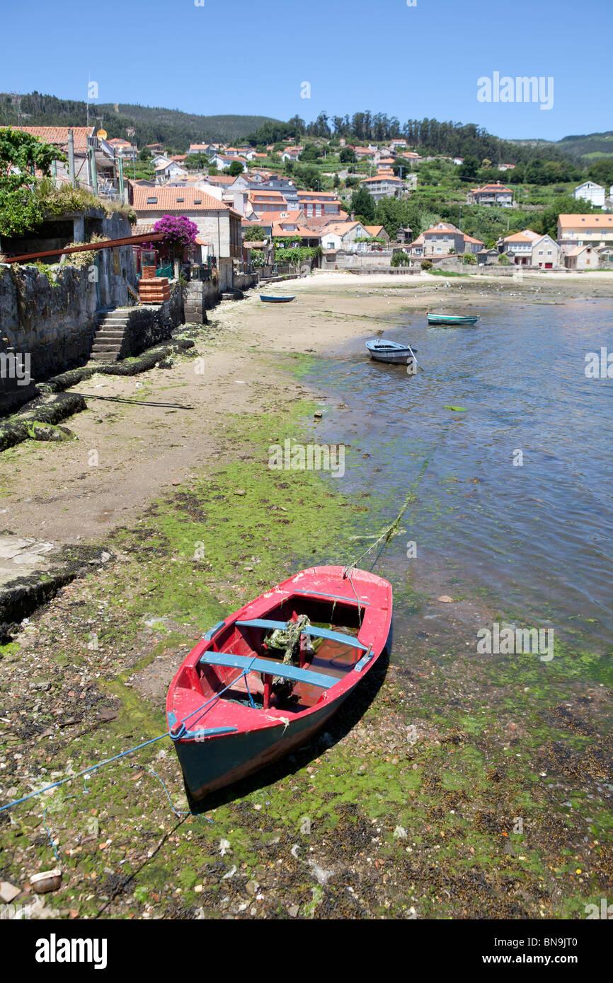 Combarro Galicia España pueblo pescador maritiman old nort turismo cultura  típico pueblo Imagen De Stock f5f3315207e6