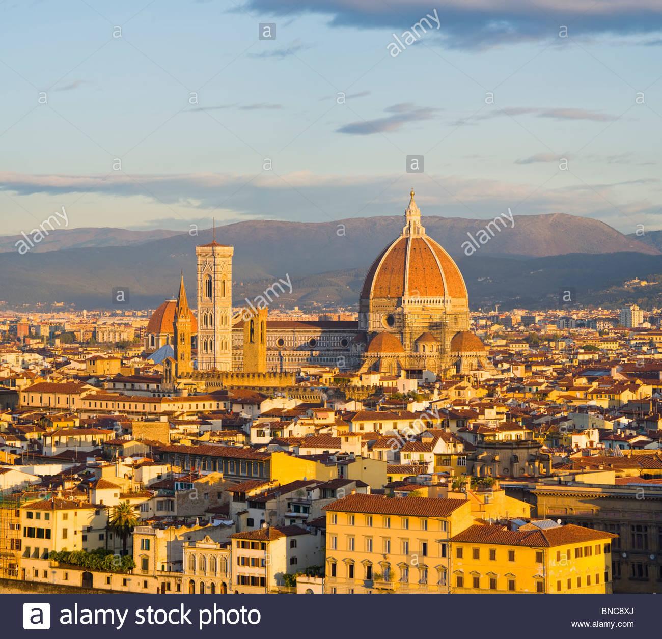 La Catedral (Basílica di Santa Maria del Fiore), Florencia, Toscana, Italia. Imagen De Stock