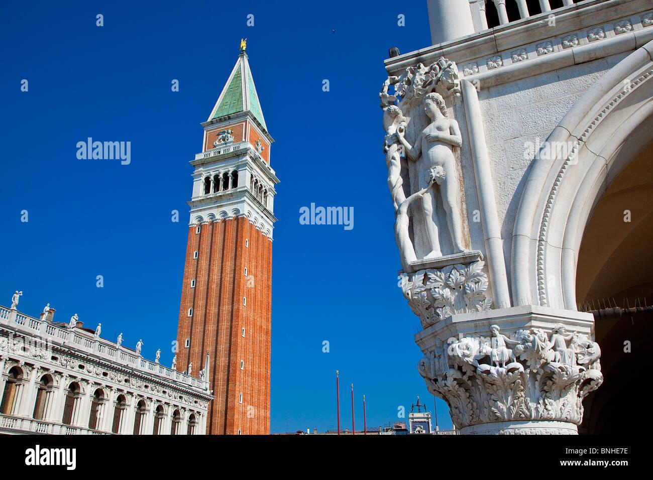 Europa, Italia, Venecia, Venecia, catalogado como Patrimonio Mundial por la UNESCO, la Piazza San Marco, el Campanile Imagen De Stock