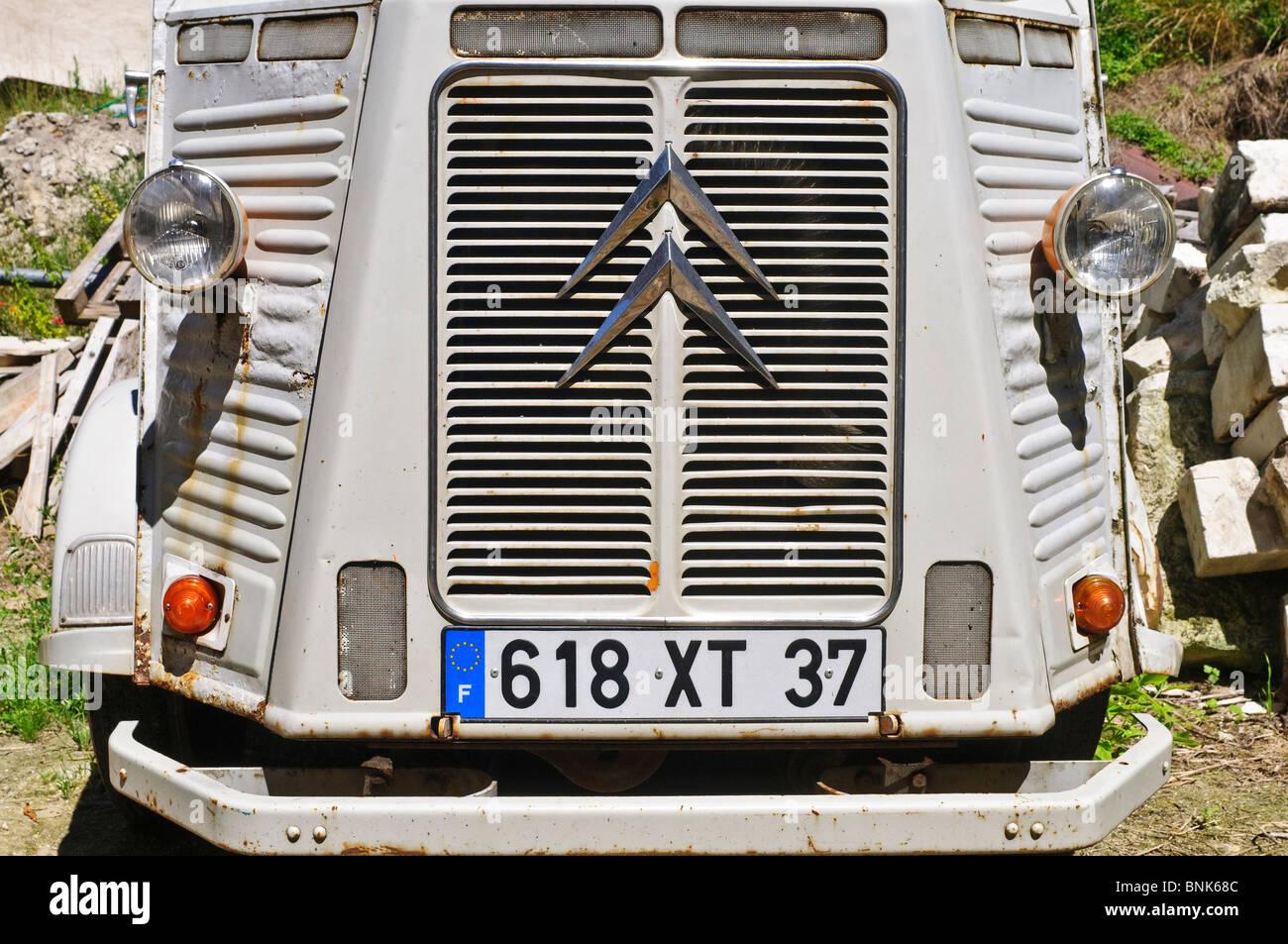 Metal corrugado francés Citroën H Van - sud-Touraine, Francia. Foto de stock