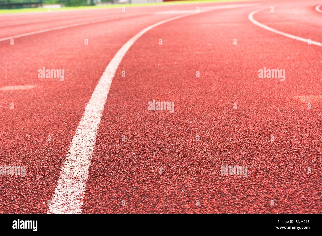 Pista de atletismo, deportes o el concepto de fondo. Imagen De Stock