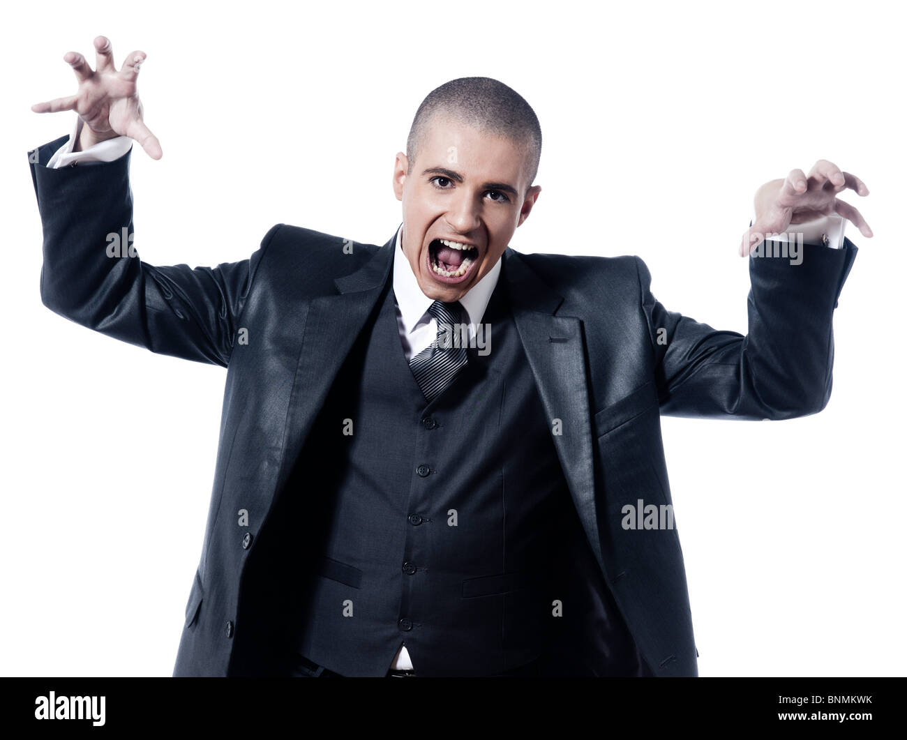 Hombre caucásico gracioso empresario gritando retrato de estudio aislado sobre fondo blanco. Imagen De Stock