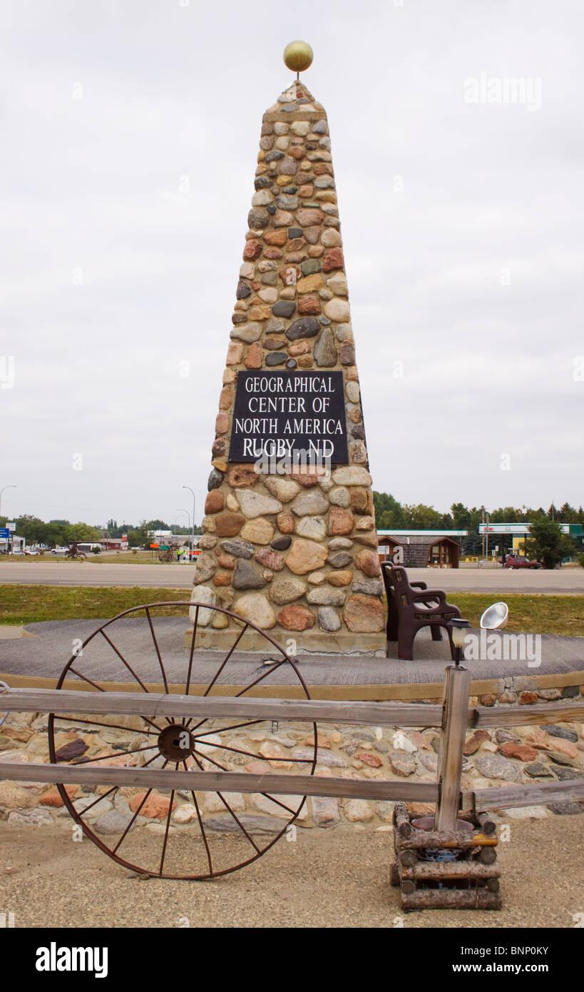 Centro Geográfico de América del Norte en el Rugby de Dakota del Norte Foto de stock