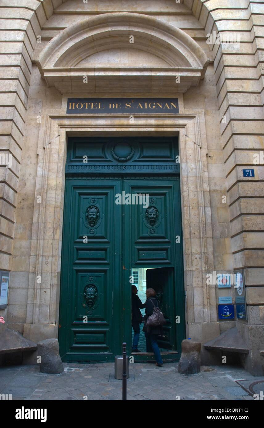 Museo judío dentro del hotel de St Aignan en Le Marais París Francia Europa central Foto de stock