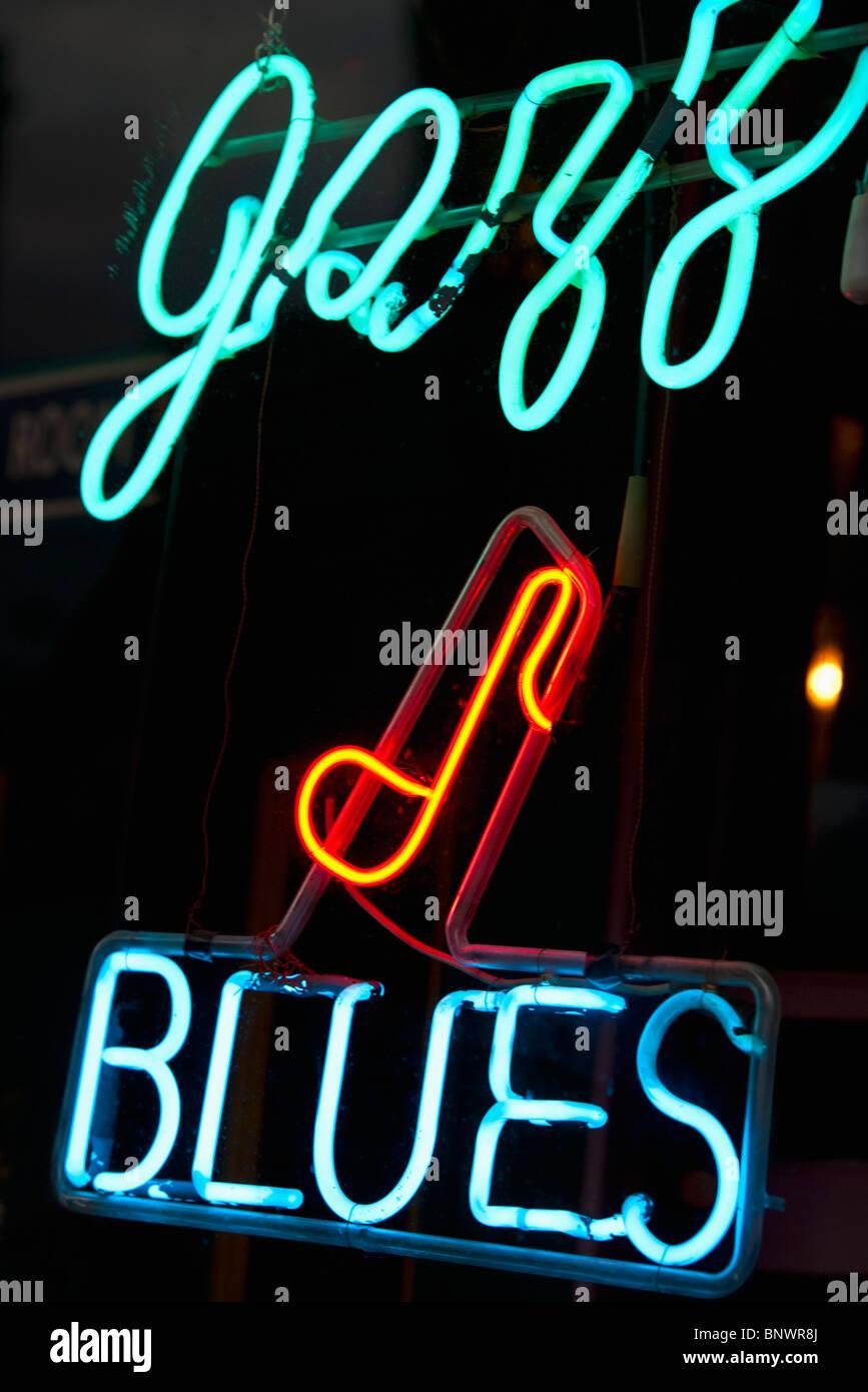 Iluminado signo de Jazz y Blues de la Calle Beale Street en Memphis. Imagen De Stock