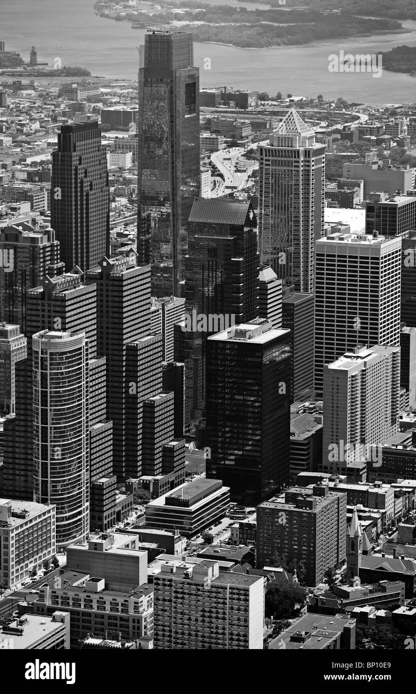 Vista aérea por encima de Comcast Centre Bell Atlantic Tower de Filadelfia Pensilvania Foto de stock