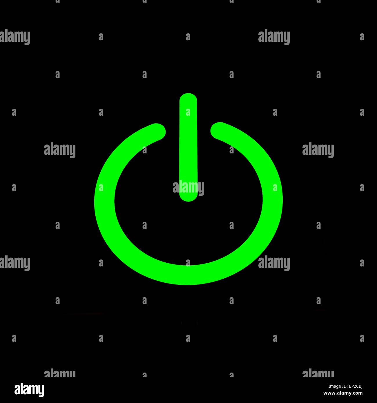 Espera verde botón de encendido de un aparato eléctrico. Imagen De Stock