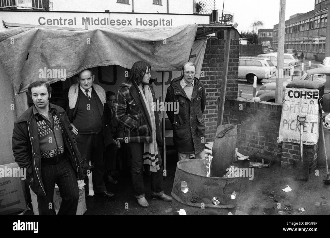 """""""Invierno del descontento"""", Londres. El Hospital Central de Middlesex. COHSE diario piquete. Londres 1978 Imagen De Stock"""