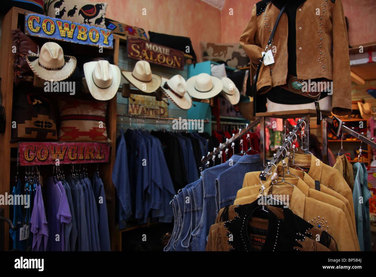 d42571a374a67 Vaquero y tienda de ropa vaquera occidental en Santa Fe