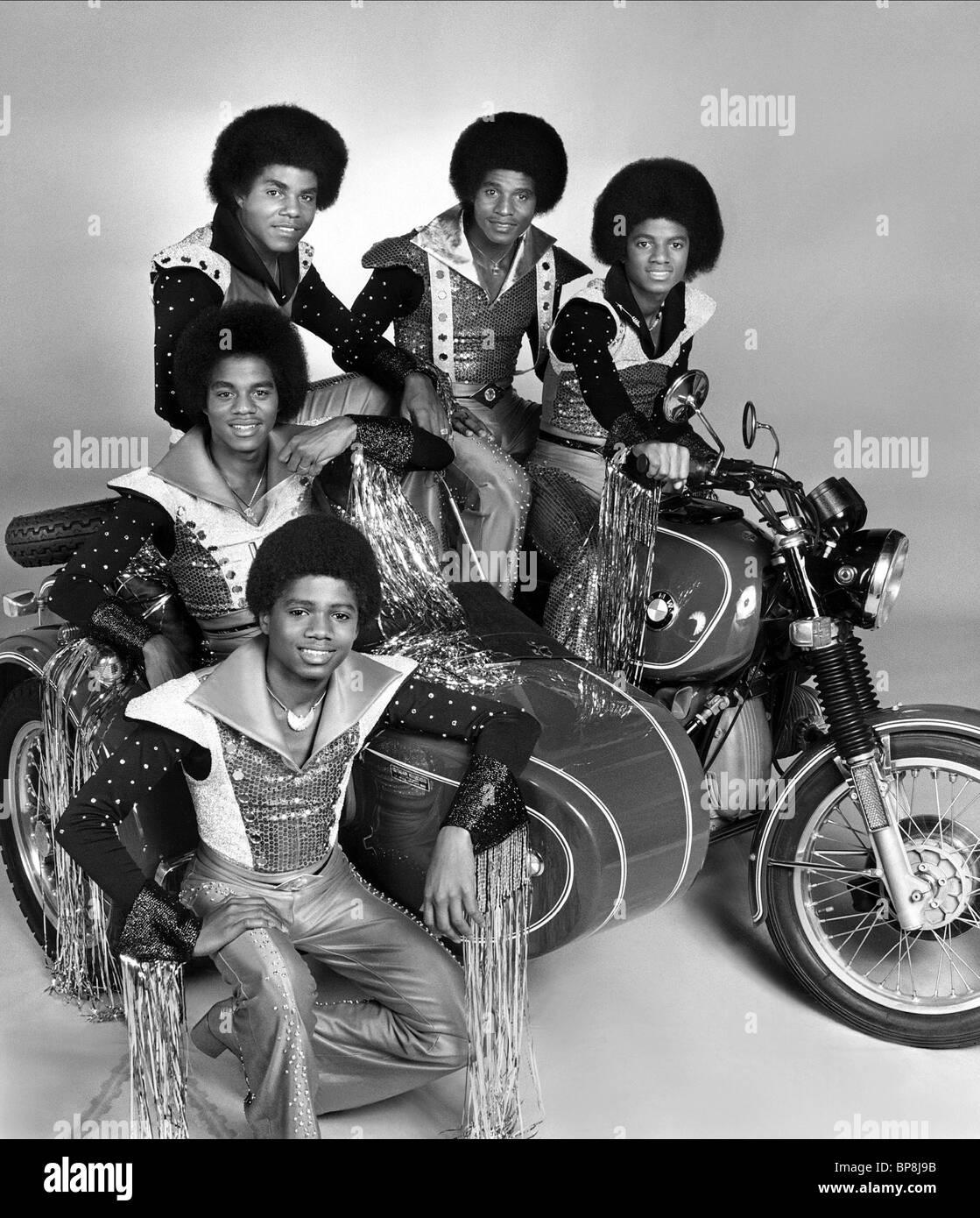 RANDY JACKSON MARLON JACKSON, Tito Jackson, Jackie Jackson & Michael Jackson los Jacksons (1977) Imagen De Stock