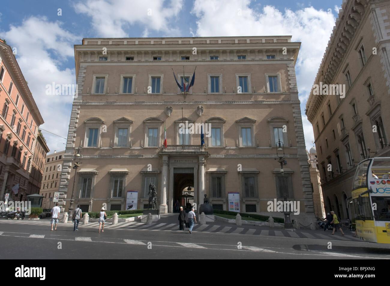 Palazzo Valentini, el Palazzo della Provincia, Roma Imagen De Stock