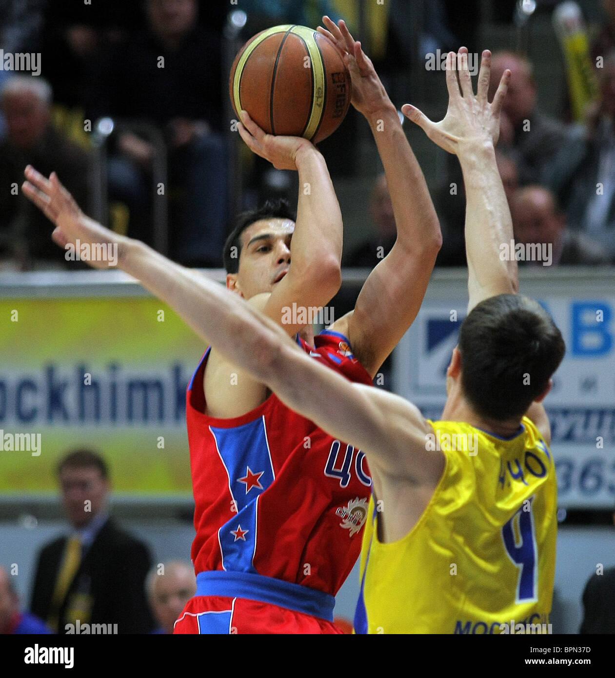 Final del campeonato de baloncesto ruso : CSKA Moscú 78-45 Khimki Región de Moscú. Imagen De Stock
