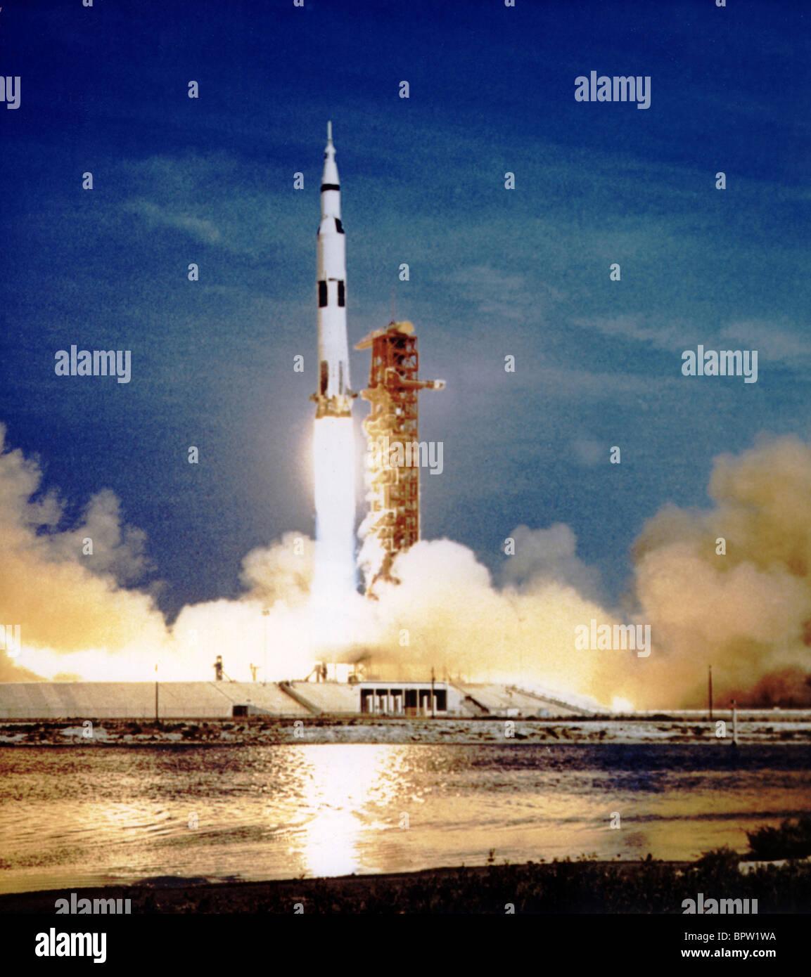 Lanzamiento del cohete Saturno Apolo 11 (1969) Foto de stock