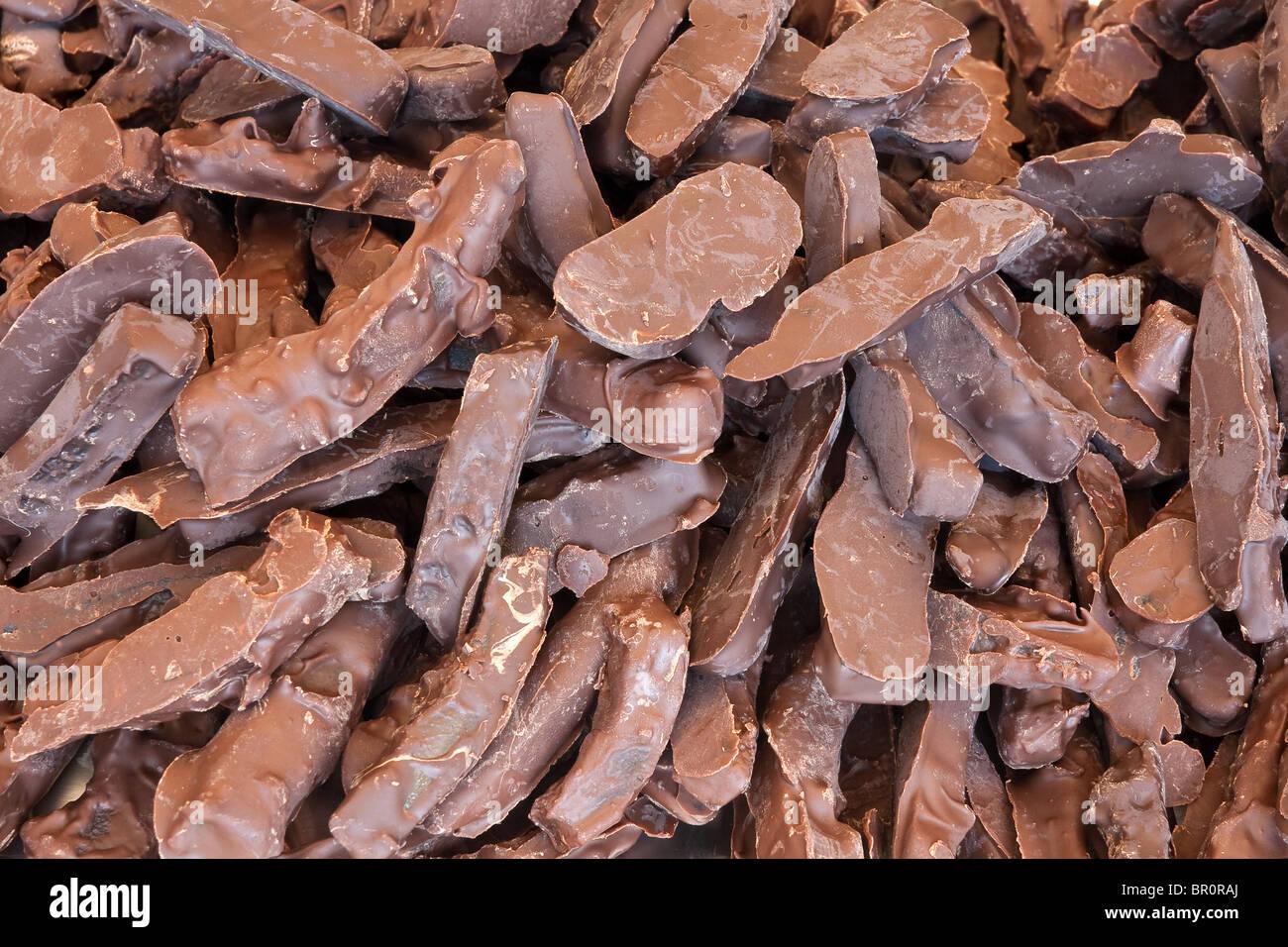 Acercamiento de galletas artesanales cubiertas con chocolate Imagen De Stock