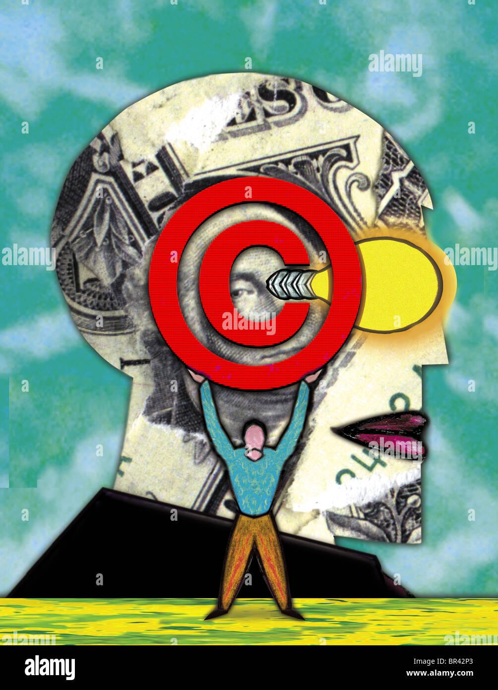 Una pequeña figura la celebración de un símbolo de copyright en la parte delantera de un collage de un jefe Foto de stock