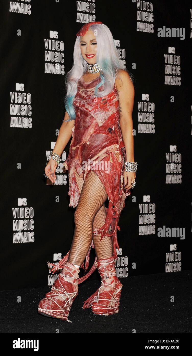 LADY GAGA cantante estadounidense en el 2010 MTV Video Movie Awards en Los Ángeles el 10 de septiembre de 2010. Imagen De Stock