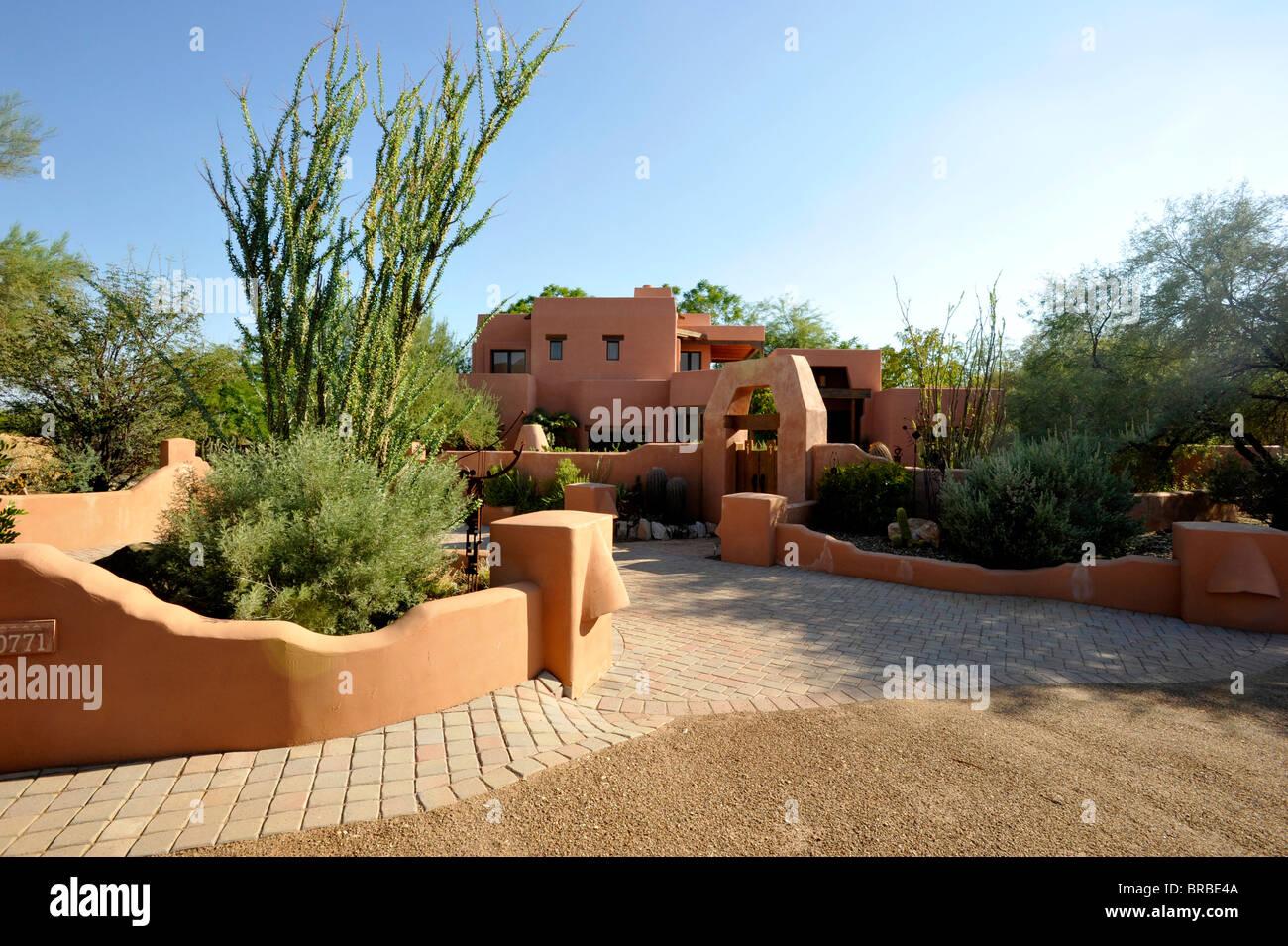 Moderna casa de adobe en Phoenix Imagen De Stock