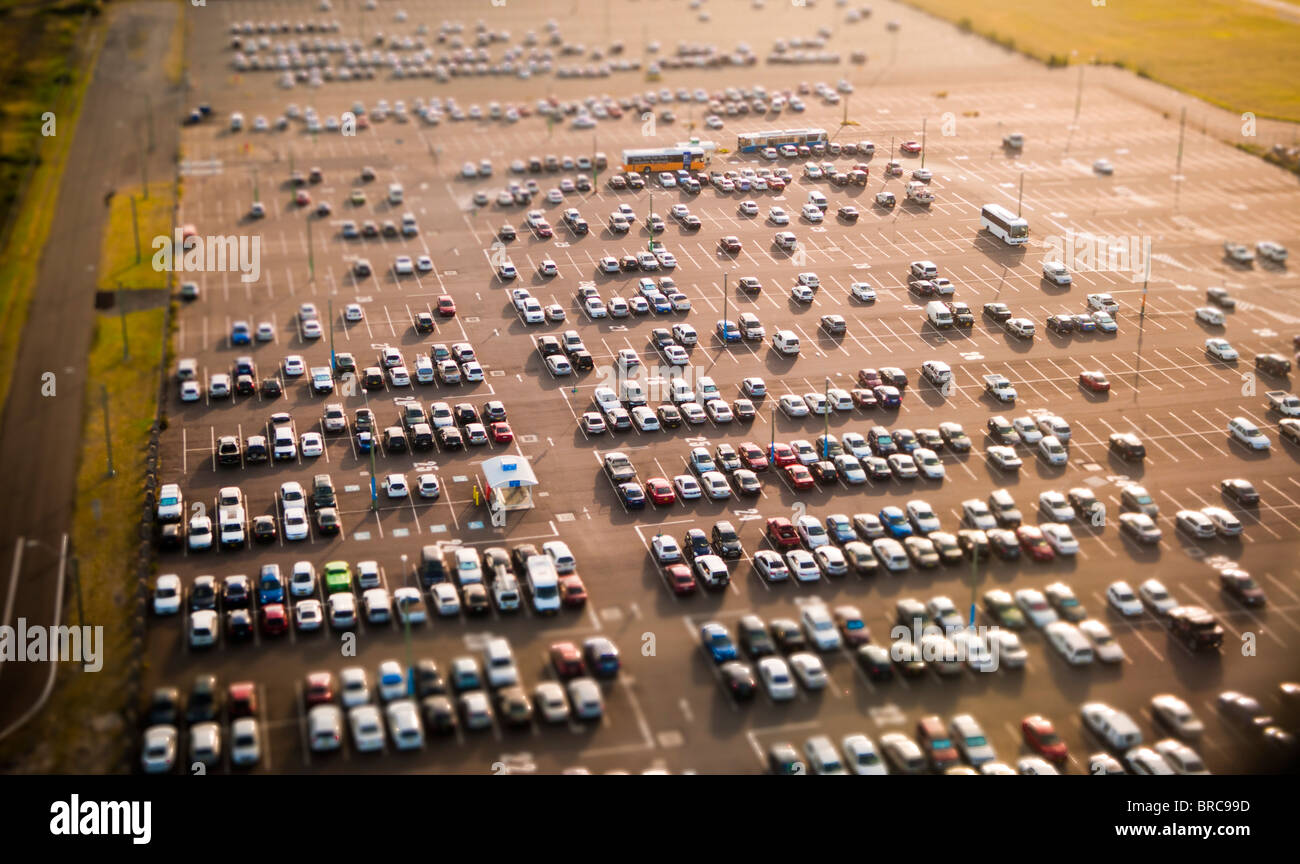 Vista aérea de los coches en el aparcamiento, el aeropuerto de Sydney, NSW, Australia Imagen De Stock
