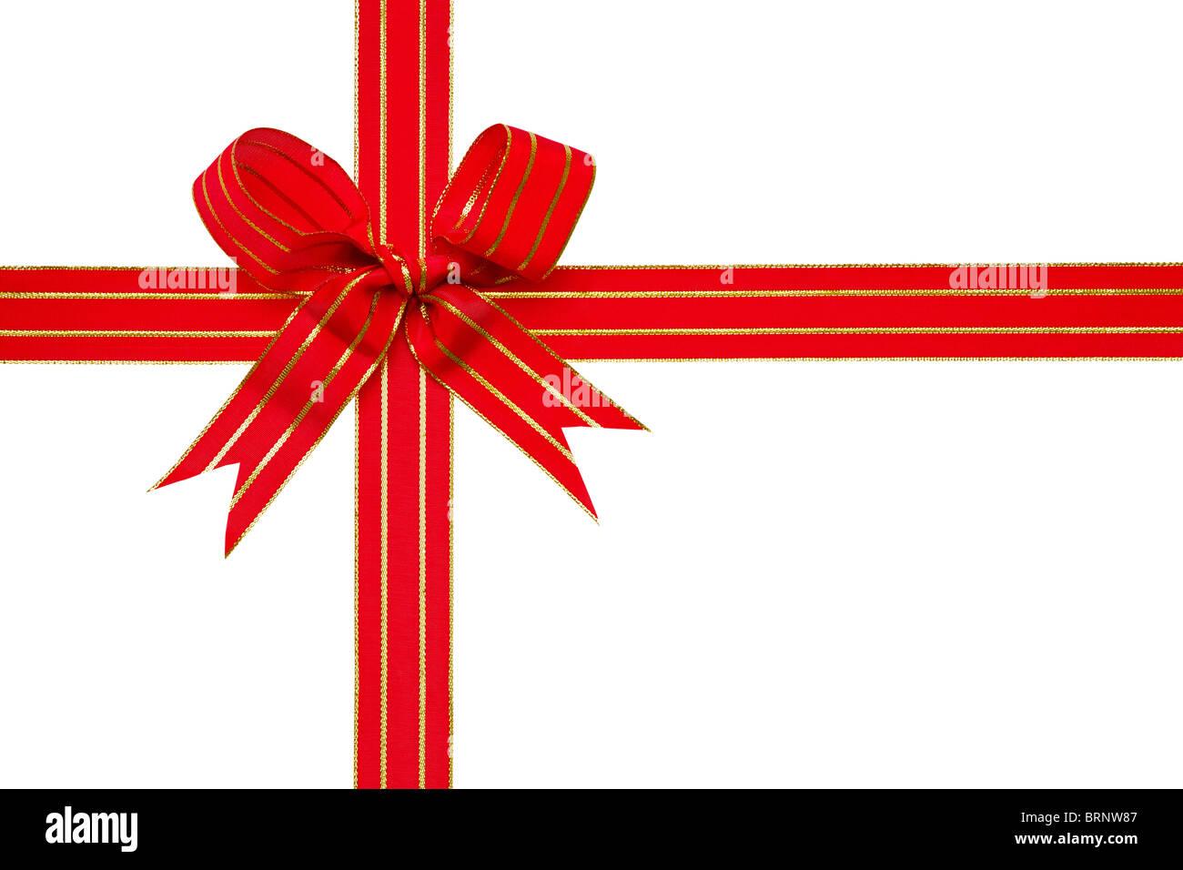 Foto de un rojo y oro lazo atado en un arco aislado en un fondo blanco con trazado de recorte, ideal para temas Imagen De Stock