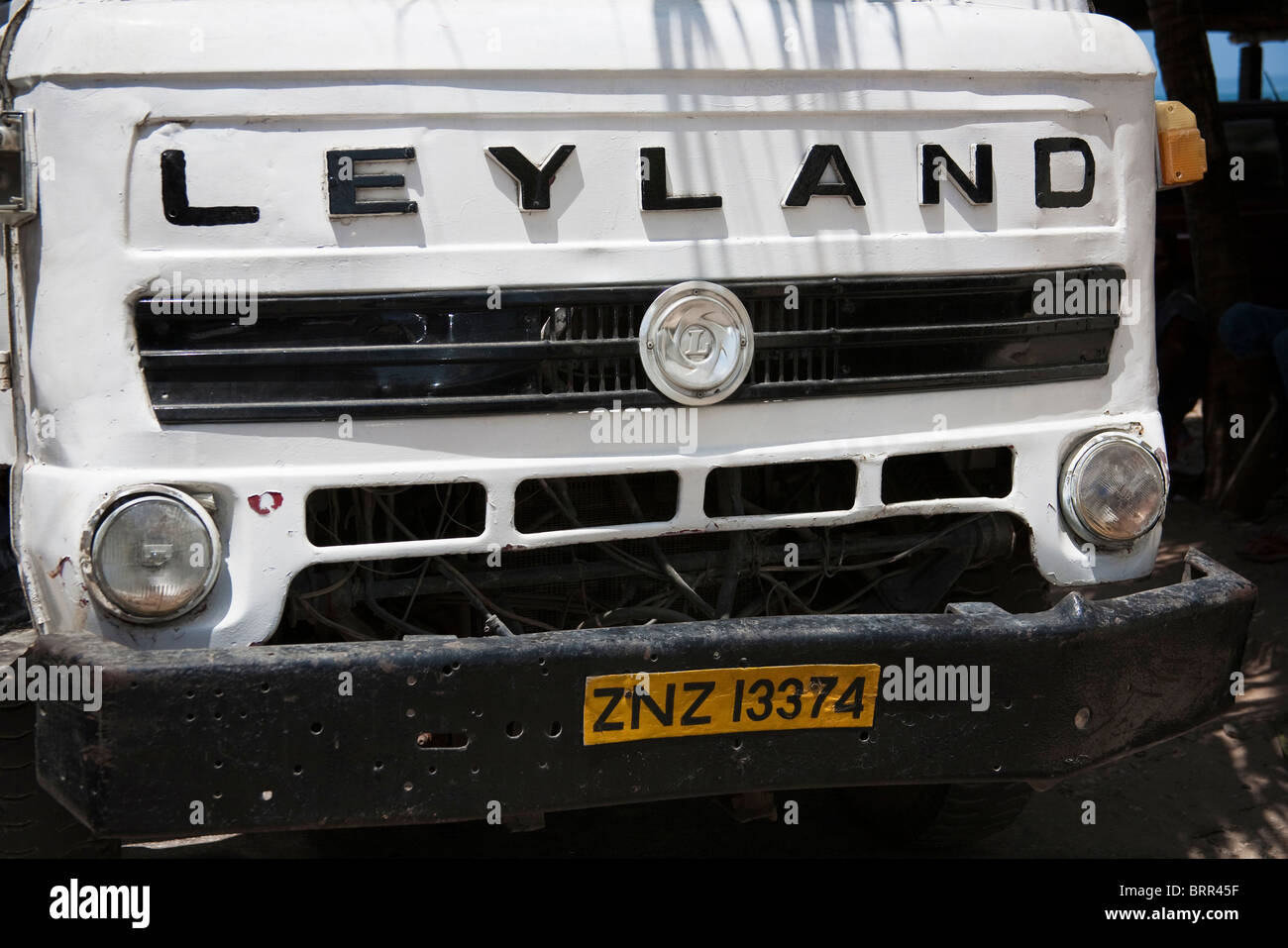Frente a un viejo camión Leyland probablemente se remonta a los 80's Imagen De Stock