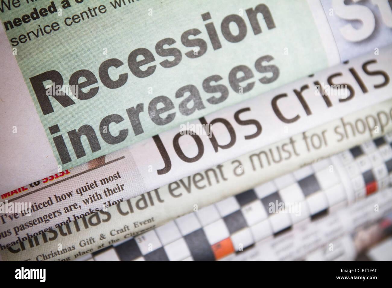 Titular de prensa ''la recesión aumenta''. Foto de stock