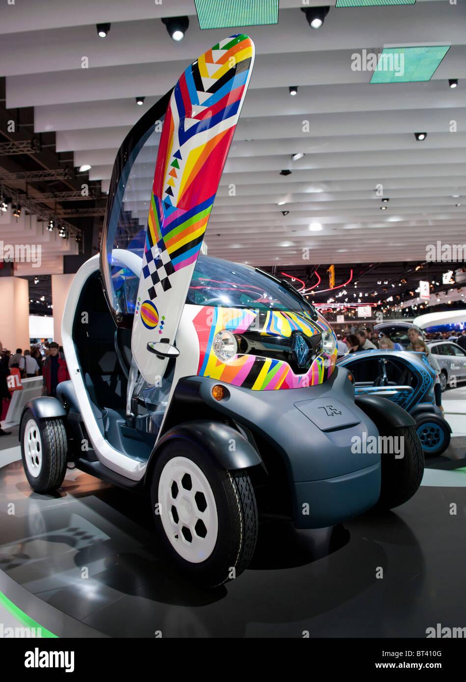 Concepto Renault eléctrico El Twizy en Paris Motor Show 2010 Imagen De Stock