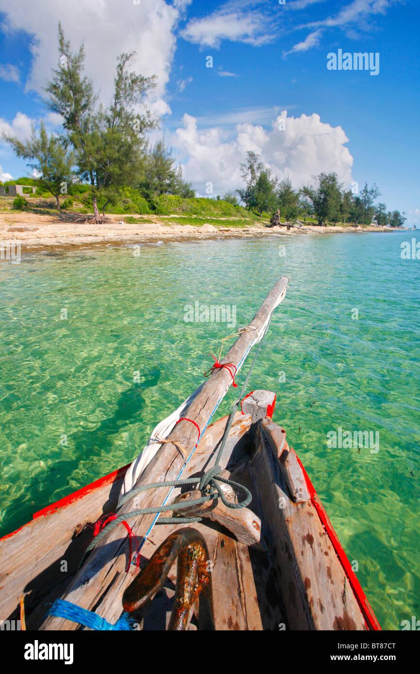En Dhow navegando la costa de Vilanculos en Mozambique Imagen De Stock