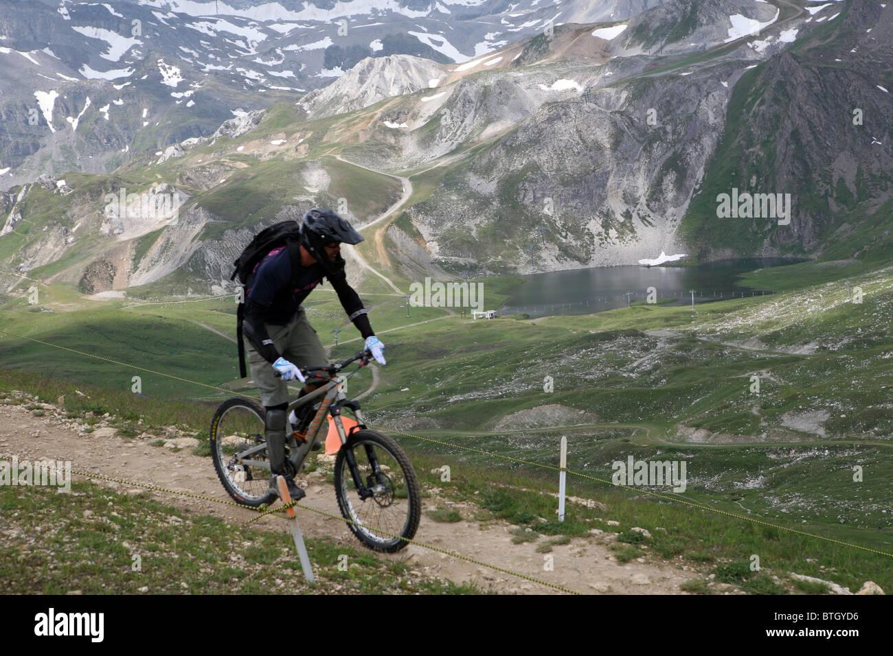 El Ojo De La Aguja O Aguille Percee Zona Cerca De Tignes Val D Isere