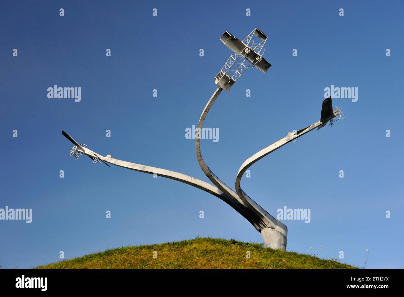 """Memorial 'el espíritu de vuelo"""". Lanark Loch, Hyndford Road, Lanark, Lanarkshire, Escocia, Reino Unido, Europa. Foto de stock"""