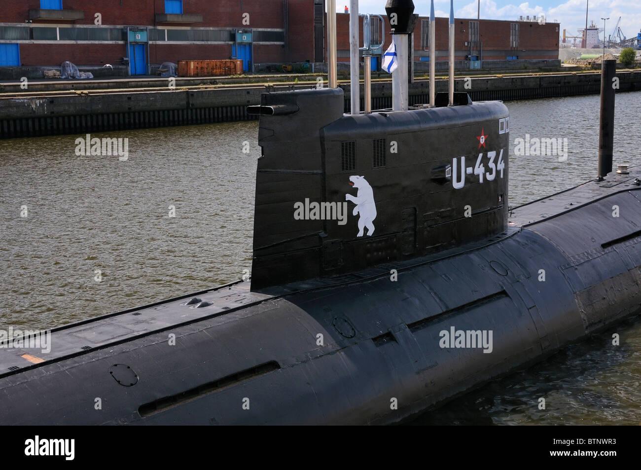 U-434 - Federación Tango-Class (Projekt 641b) Guerra Fría es ahora un museo submarino en el puerto de Imagen De Stock