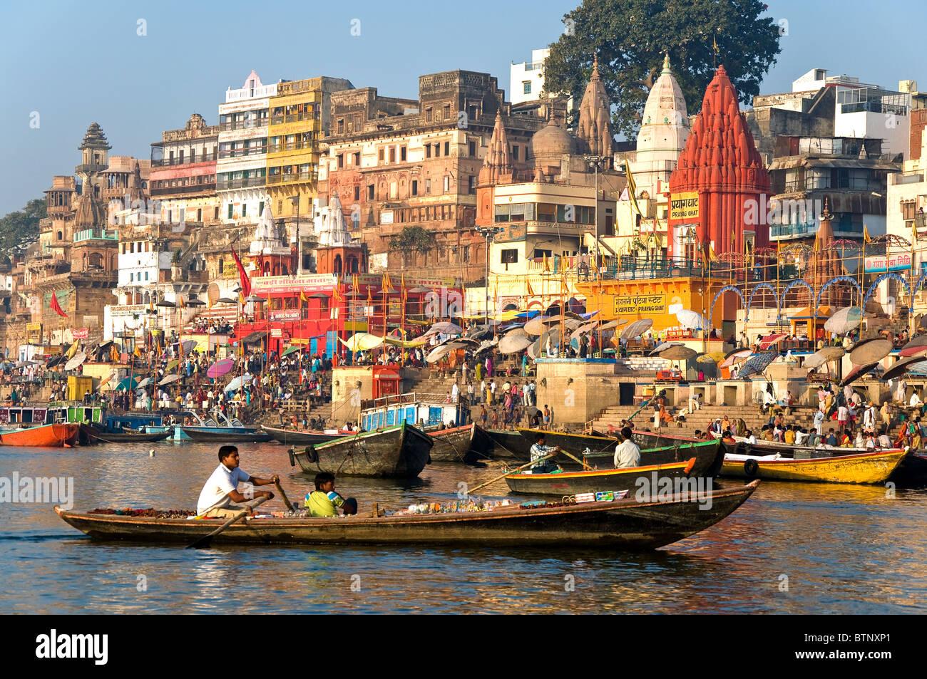 Ghats, Varanasi, Uttar Pradesh, India Imagen De Stock