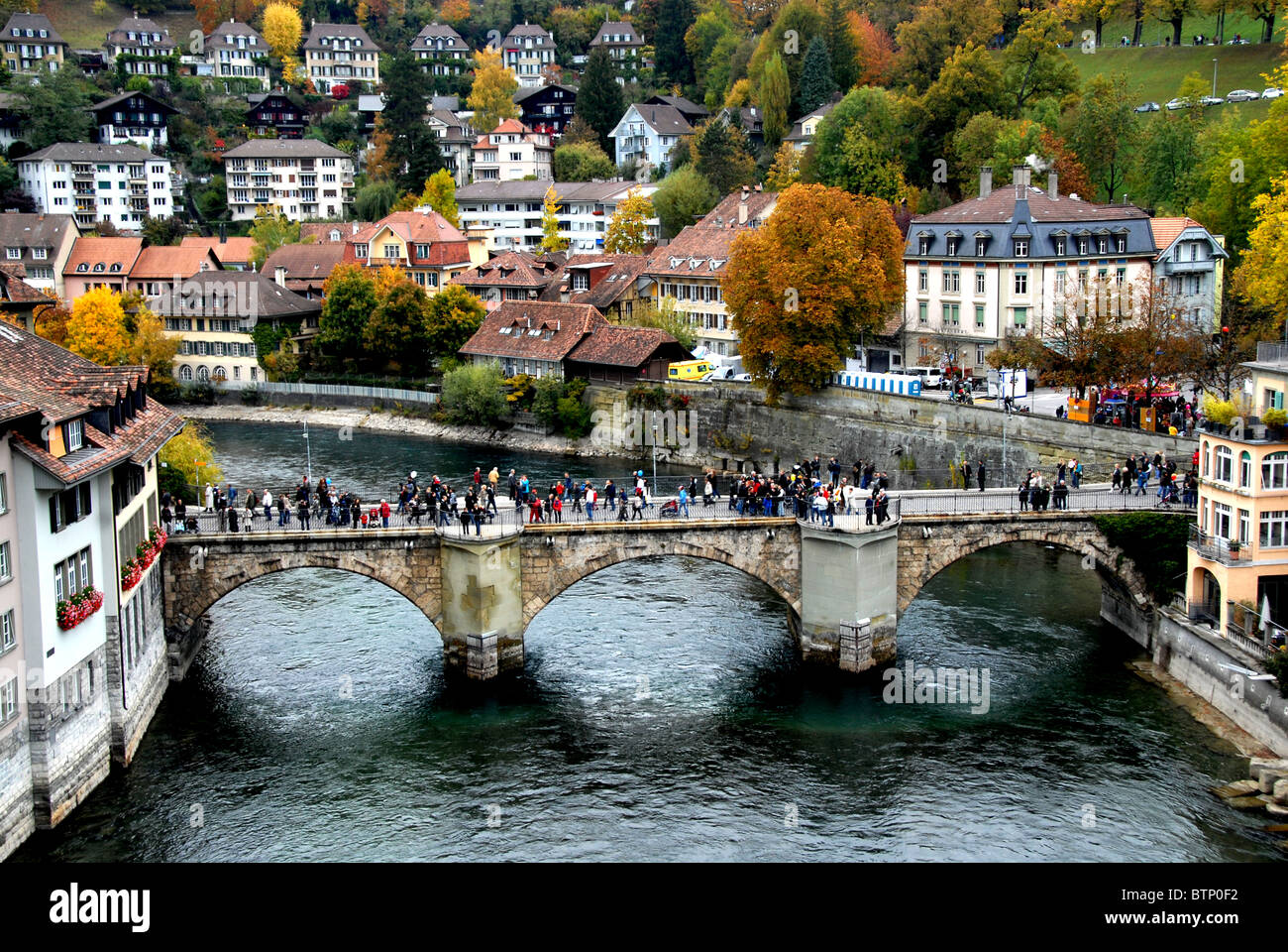 Ciudad de Berna, con puente Nydegg río Aare, Berna, Suiza Foto de stock