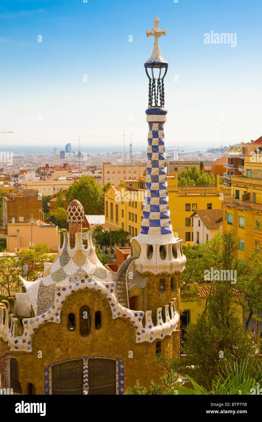El Parc Güell de Antoni Gaudí, Barcelona, España Imagen De Stock