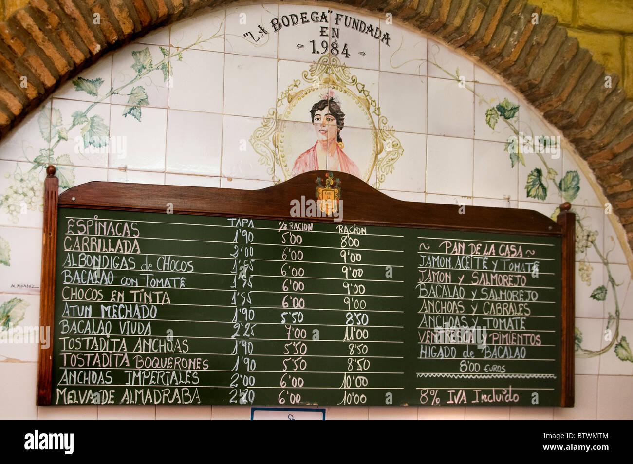 Sevilla España restaurante de tapas de tapas comida menú de pub Imagen De Stock