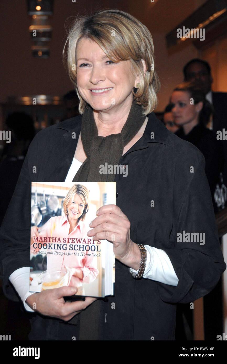 Martha Stewart: Lecciones de la escuela de cocina y recetas para el ...