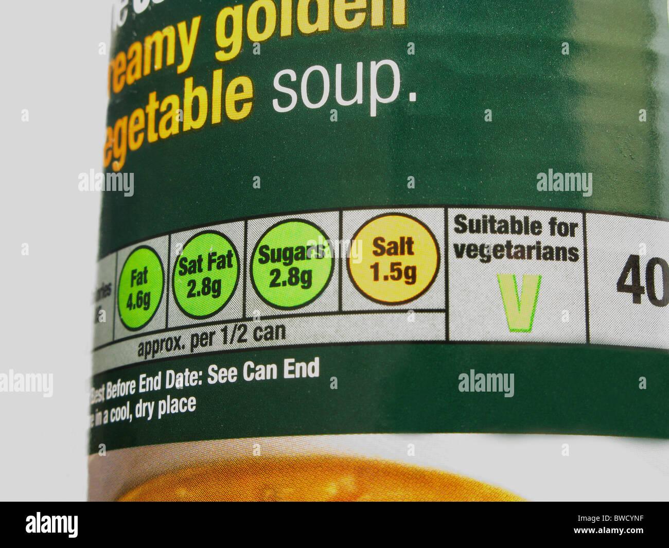 'Semáforos' sistema de información nutricional directrices sobre una lata de sopa Imagen De Stock