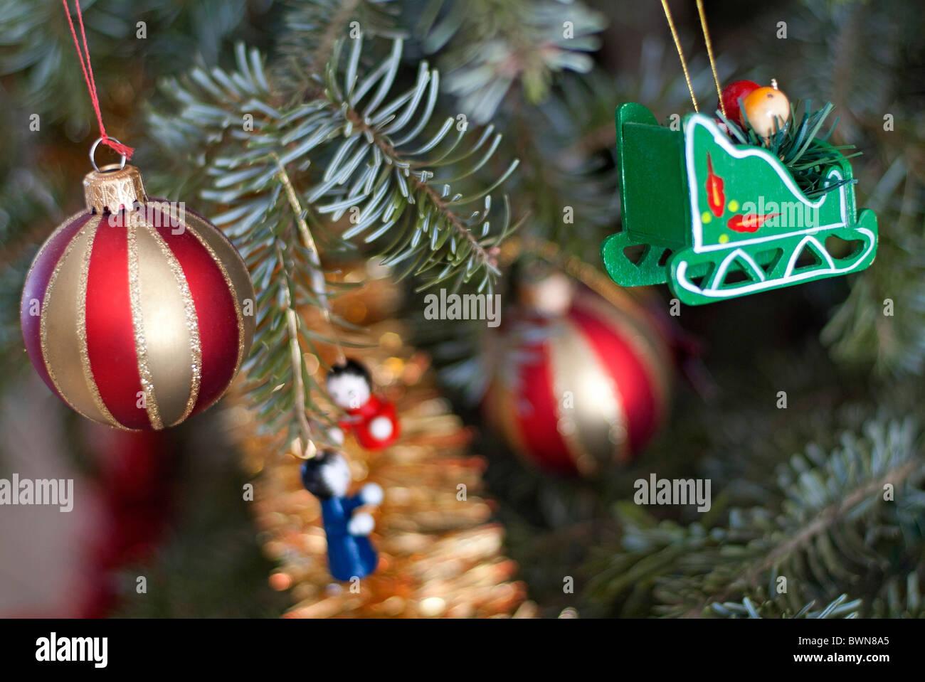 0a8449acb6d Vectores De Adornos De Navidad Imágenes De Stock   Vectores De ...